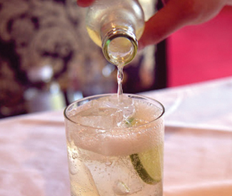 3 spring cocktail trends
