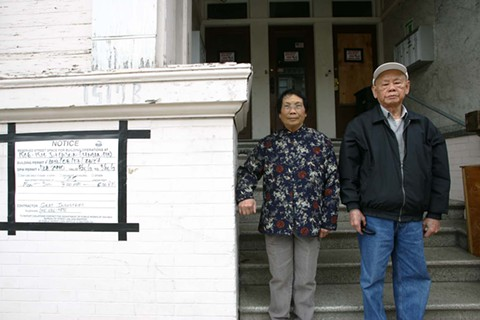 Lee family quietly leaves home as activists pledge to push reforms