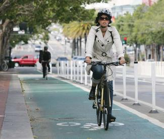 SF-style cycletracks may spread throughout California under approved legislation