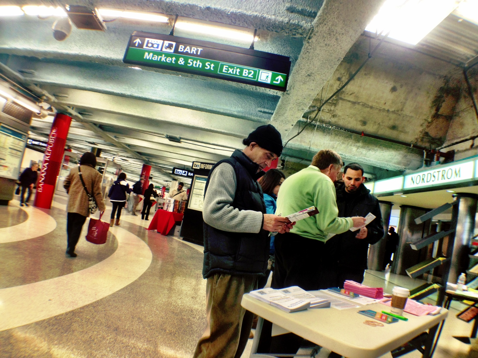 CCSF teachers recruit students from BART/Muni stations