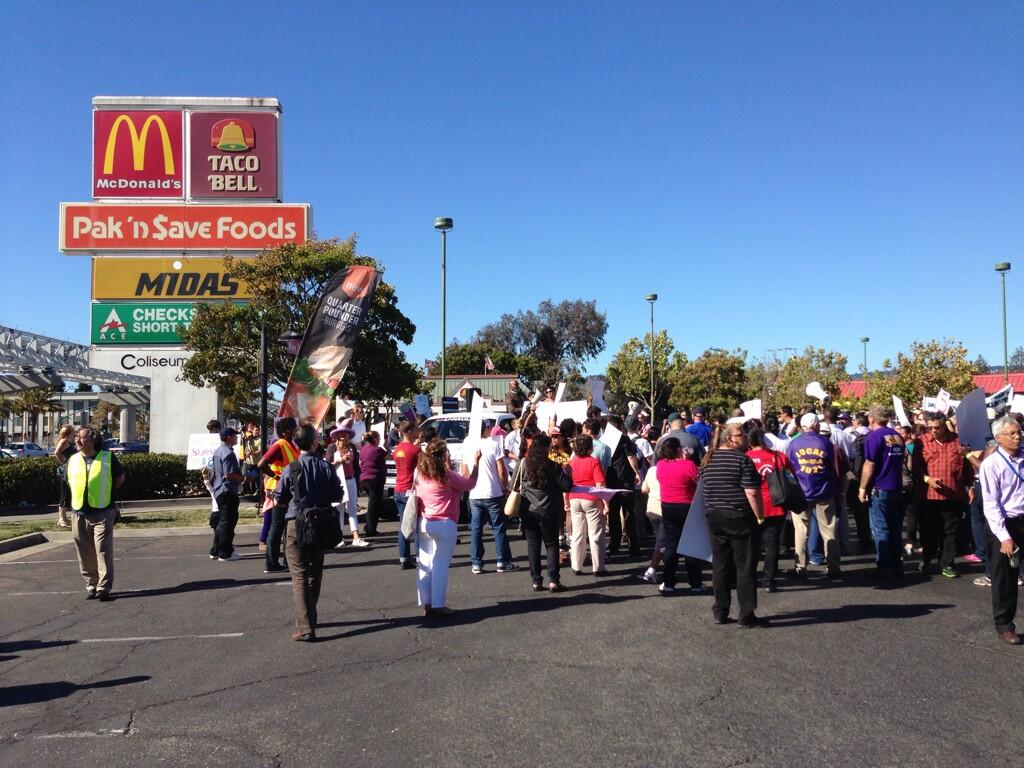 12 tweets McLovin' and McHatin' the East Bay's #FastFoodStrike