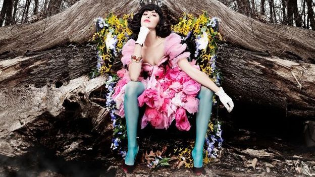 Fresh Cuts: Kimbra makes good, Girls get limited, and the return of an indie-pop institution