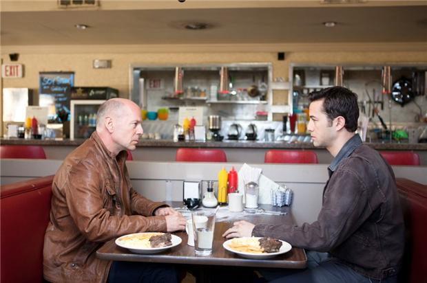 'LOOPER' IS HERE! Plus: a boatload of other new movies