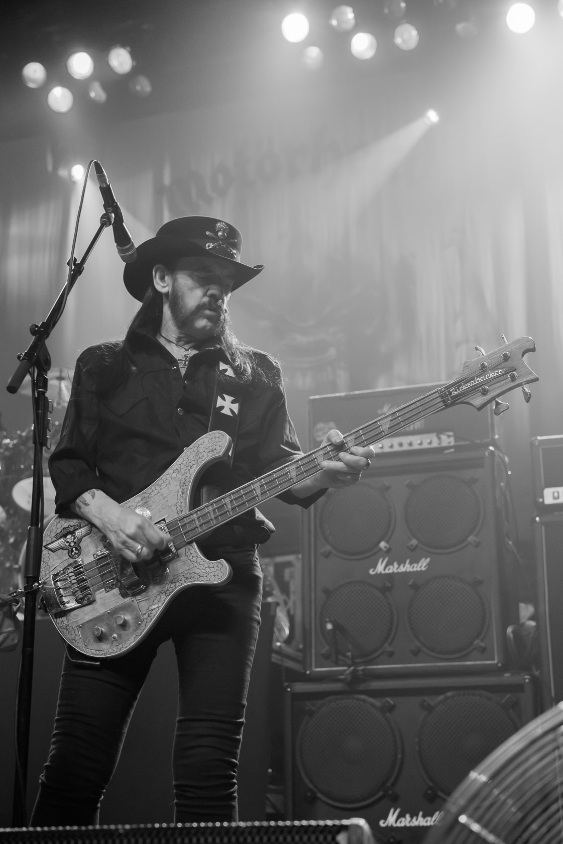 Motörhead delivers a classic ear-beating at the Warfield