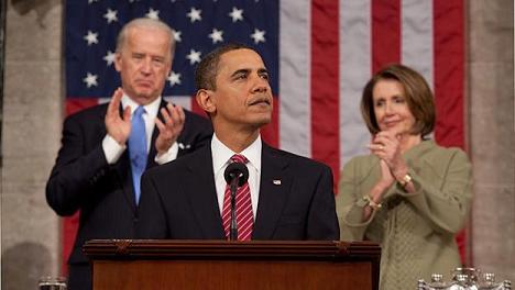 """Obama to base: """"Continue to fight"""""""