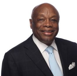 Now that Willie Brown is a lobbyist, will the SF Chronicle finally cut him loose?